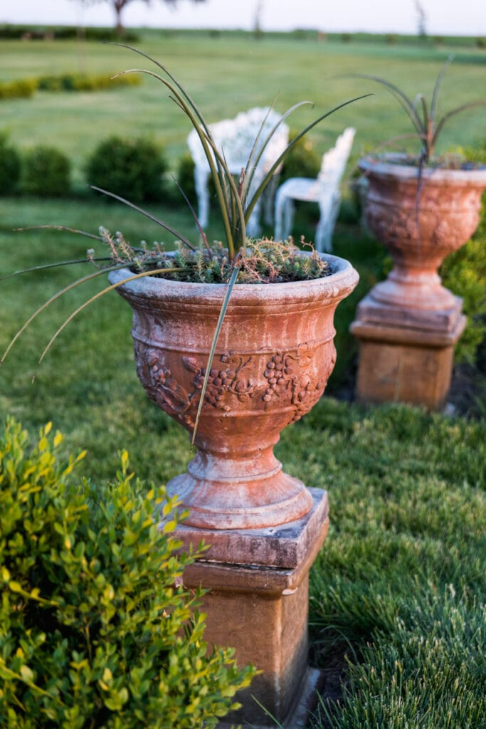 Outdoor Planters Done My Way   Wyse Guide